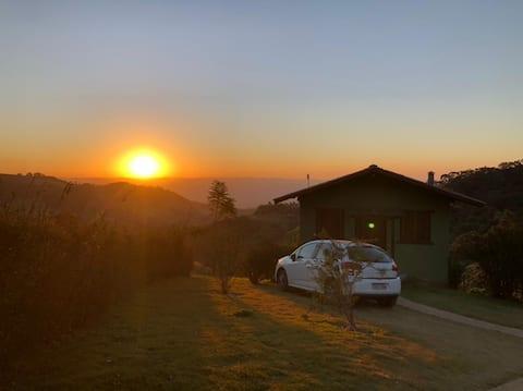 Sunset Lodge. Romance, nature and beautiful views.