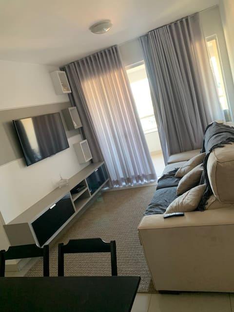 Amplo apartamento com 80 mts 2 quartos disponíveis