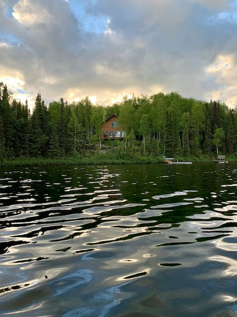 Lake house and boats on 3 acres in Willow, Alaska