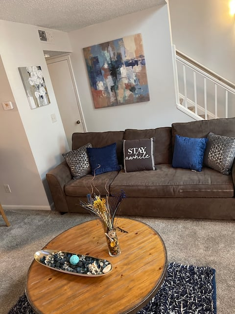 Nice 1-Bedroom Unit with Patio & Sofa Bed
