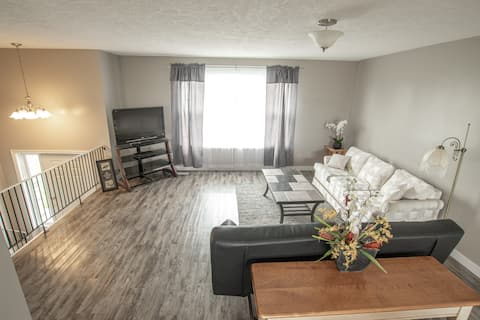 Lovely 2 Bedroom Apartment with all the amenities!