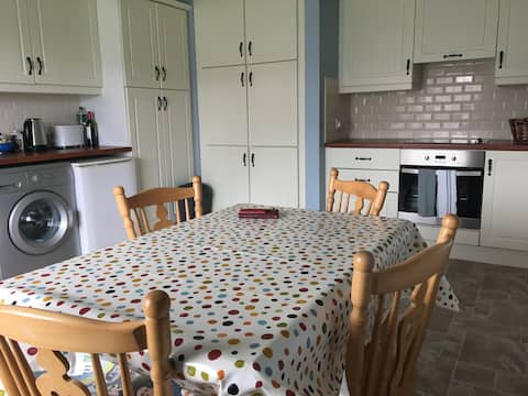 Cheerful spacious two bedroom  home. 1st Time let