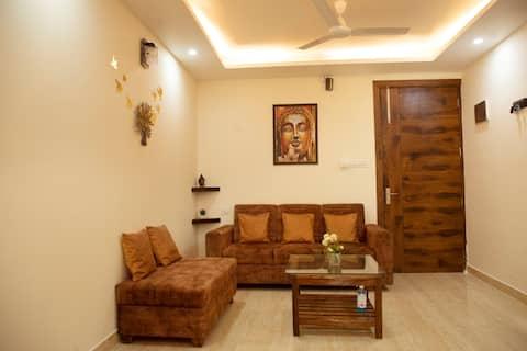 YOGVAN Mountain View Luxury Apartment-WIFI-Kitchen