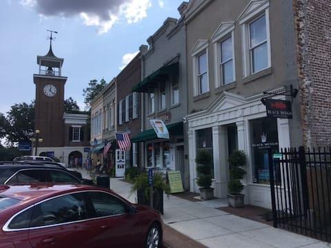 Georgetown Harborage