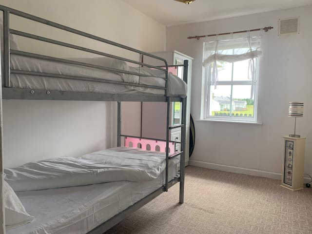 Bedroom for 2 with Wardrobe