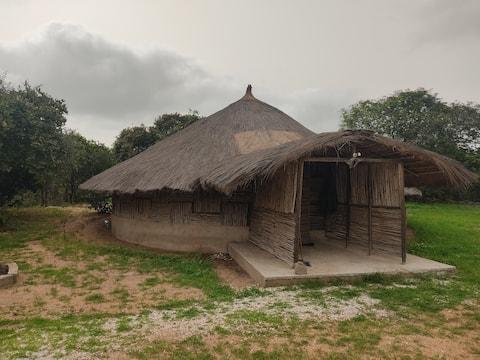 Preciosa cabaña ecológica en plena naturaleza