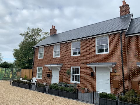 Central to New Forest and South Coast - 2 bedrooms