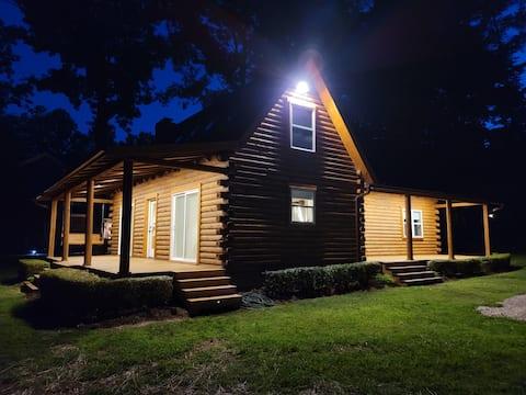 Original Lakeside Log Cabin