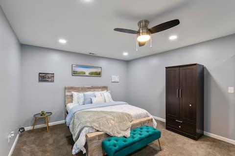 NEW* Entire Luxury guest suite: Riverdale Getaway