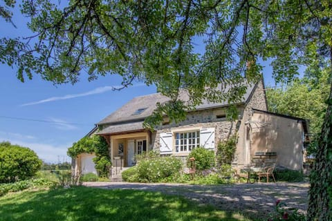 Fully detached old French farmhouse