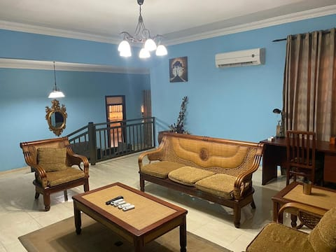 Cheerful 3 bedroom residential home with a pool