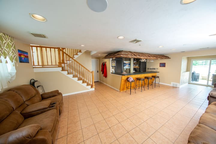 Lower level with wet bar and sofa bed