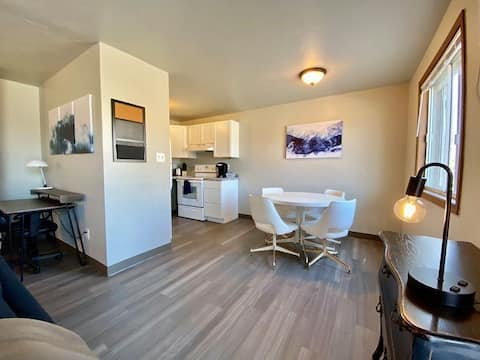 Conveniently located two-bedroom apartment