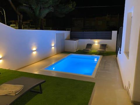 Design Apartment Halbprivater Pool  (Grill, Klimaanlage) #1