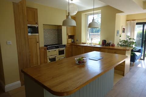 4-bedroom home in the heart of the Peak District