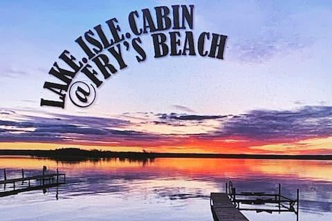 Cozy waterfront cabin Lake Isle @ Fry's Beach
