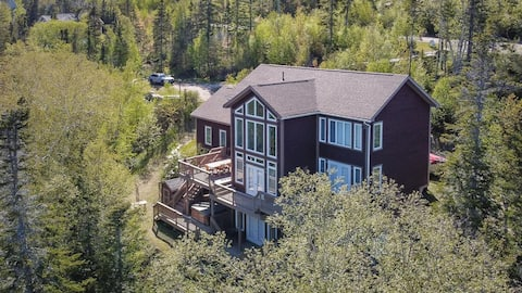 Born To Ride's Ride and Stay Chalet! 5 Bed, 6 Bath