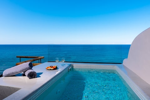 New Moon Suite - Private outdoor Jacuzzi & SeaView