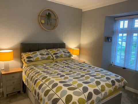 Lovely 3 Bedroom Cornish Stone Cottage