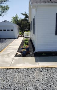 Ample parking within steps of wheelchair ramp