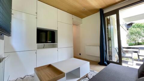 Studio rénové avec terrasse Sud idéalement situé