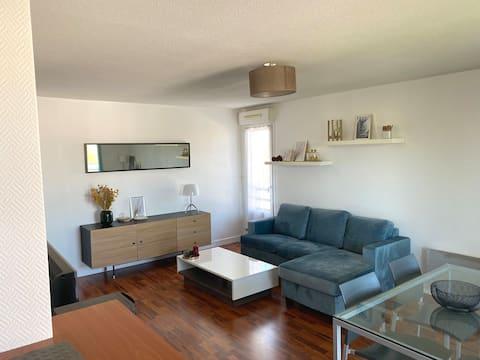 NEW  Cozy apartment in quiet residence