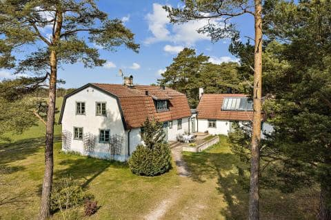 Idyllic Gotland country house in Lummelunda
