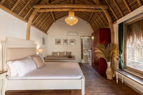 Seaview Villa with Resort Pool