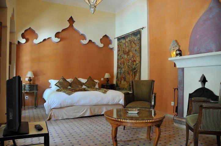 8 yatak odası