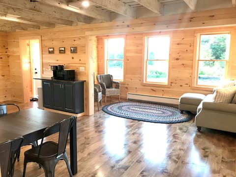Ben's Place - Newly restored cabin on homestead.