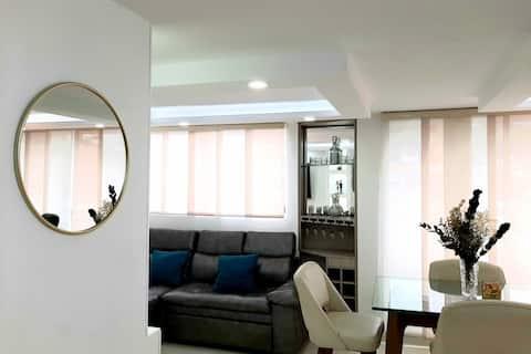 Apartamento Excelente Sala de TV y Buenos Espacios