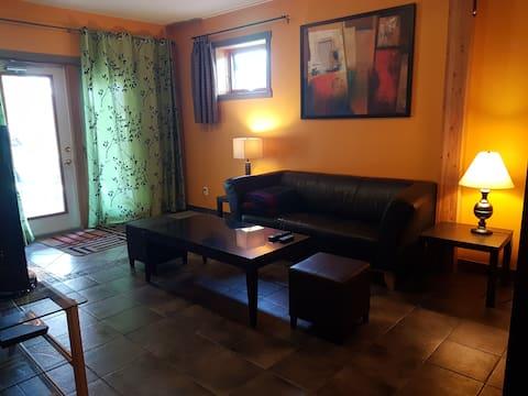 Fairmont Hot Springs Two-Bedroom Suite w/parking