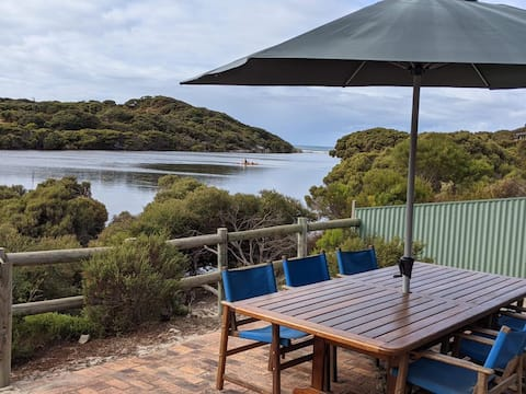 Waters Edge Kangaroo Island