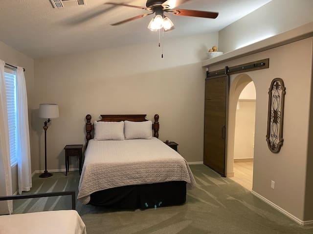 Bedroom number 3 suite