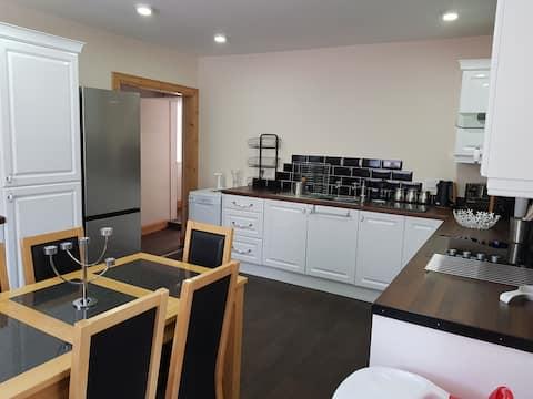 Athol Cottage, 3 bedroom,  Evanton, NC500 route