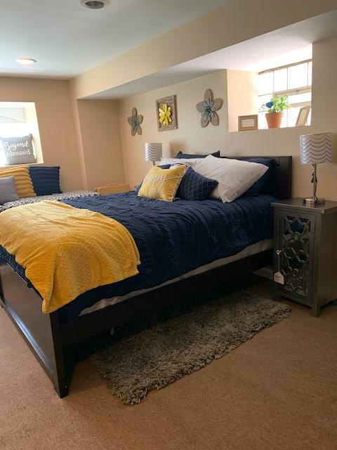 A quaint 1 bedroom suite on a quiet block