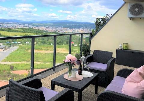 Útulný byt s krásnym výhľadom na mesto