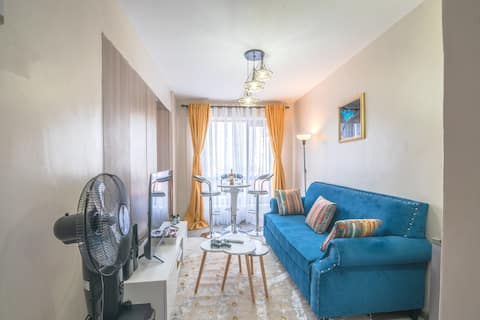 Stylish 1br. apt. with great view from 10th floor