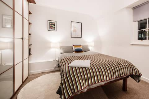 Homely 1 bedroom apartment in Leicester square