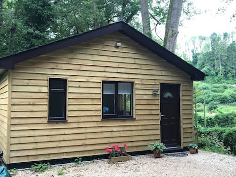 Self contained one bedroom annex in South Harting