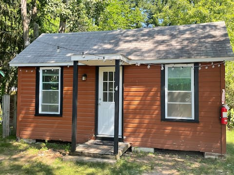Cabin Suite#4 near Saratoga