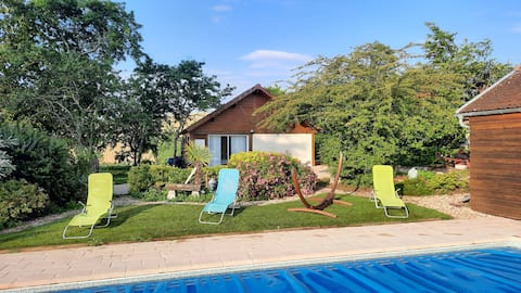 Charming outbuilding with pool
