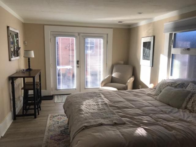 3rd Bedroom is a private suite with separate entrance in garden. Also can connect directly to house. Suite includes private bath, kitchenette and work area.