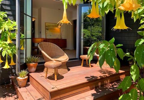 Classic Bright Modern Spacious 1bd/1ba Apartment