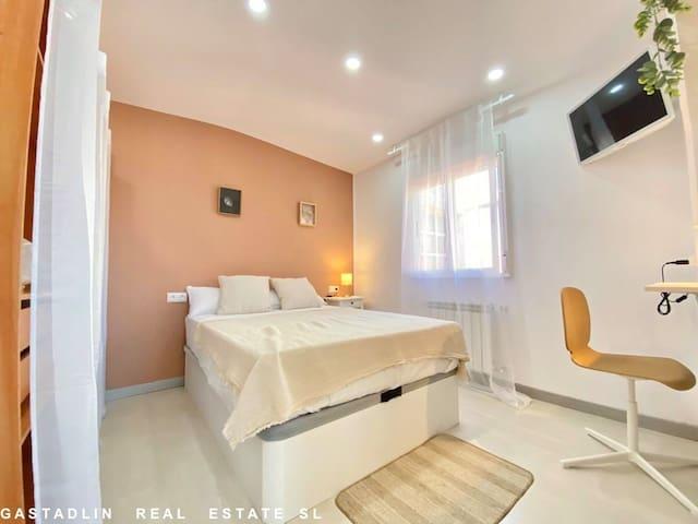 Room 2/ Chambre 2/ Habitacion 2
