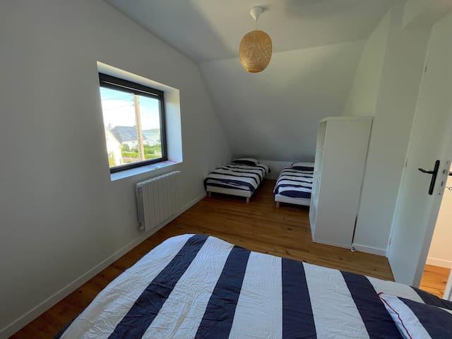 chambre dortoir 4 lits de 90x190