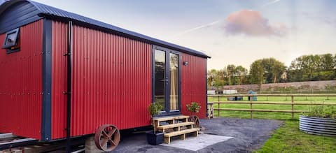 Shepherd's hut, rural location, close to Narberth