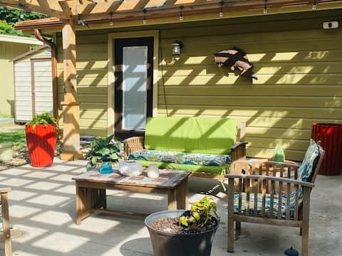 Peaceful, Private Backyard Oasis