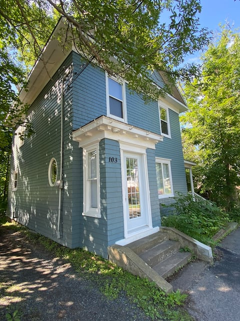 Charming East Coast Home in the heart of Pictou