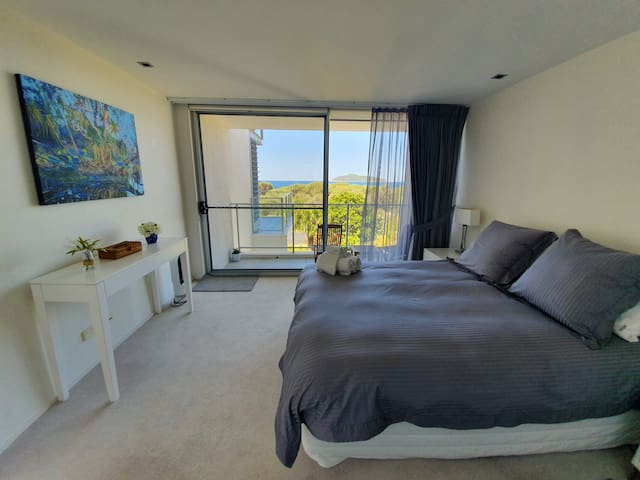 The master bedroom has beautiful ocean and island views and has a smaller private balcony. You can sleep to the sound of the waves, watch the sunrise and observe the ocean in all its different moods from this gorgeous room.